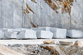 blocks-of-cut-white-carrara-marble-in-th