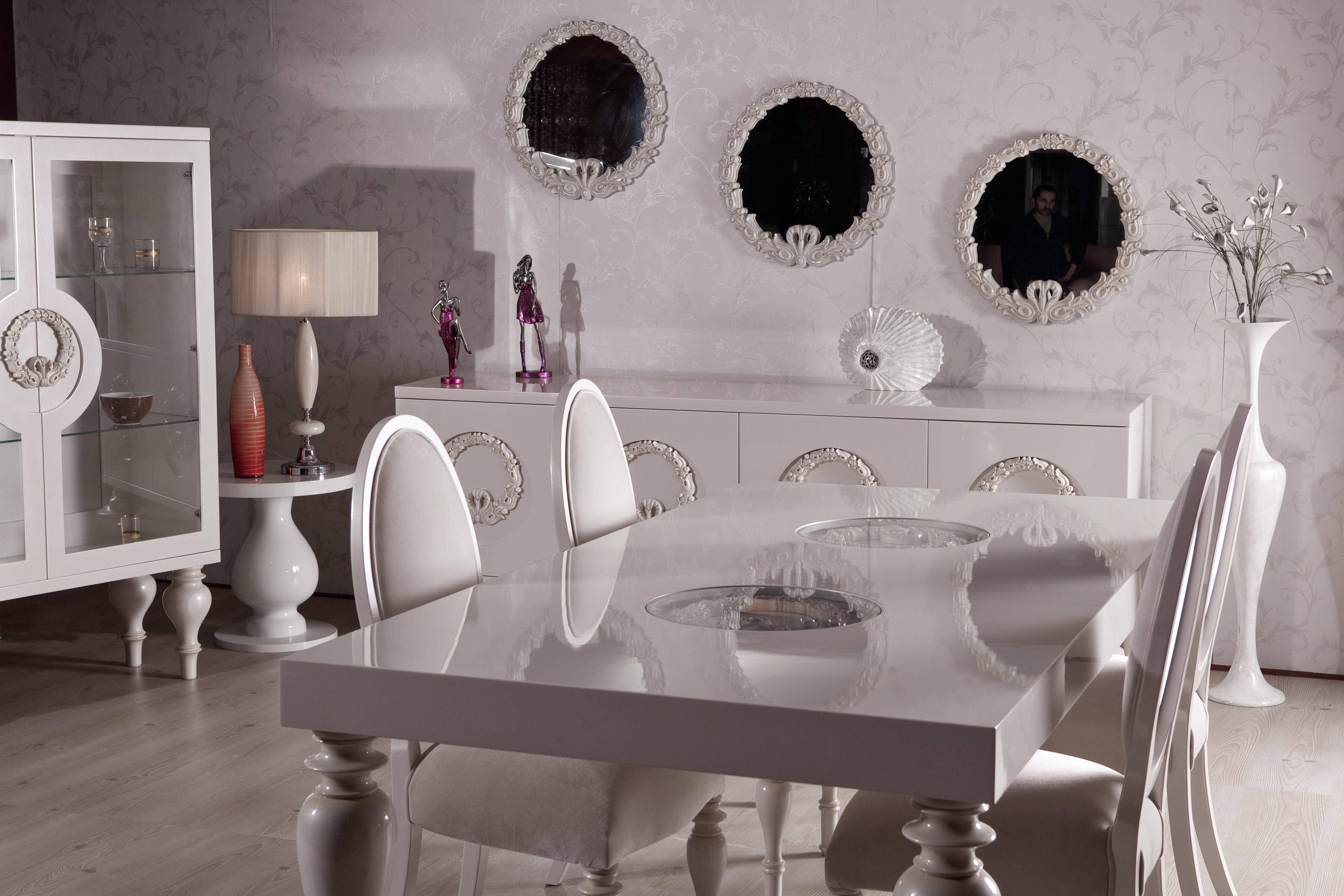 Corona Klasik Yemek Odası Takımı 1