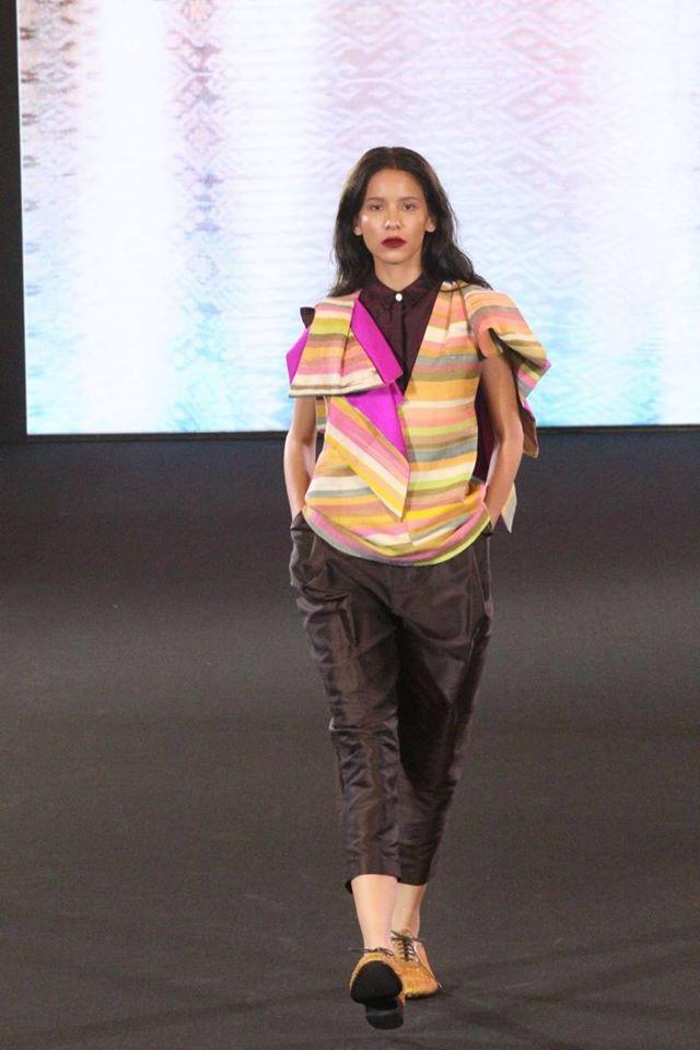 OnThaiTextiles Thai Silk Project, Ready To Wear By สำนักงานศิลปวัฒนธรรมร่วมสมัยกระทรวงวัฒนธรรม