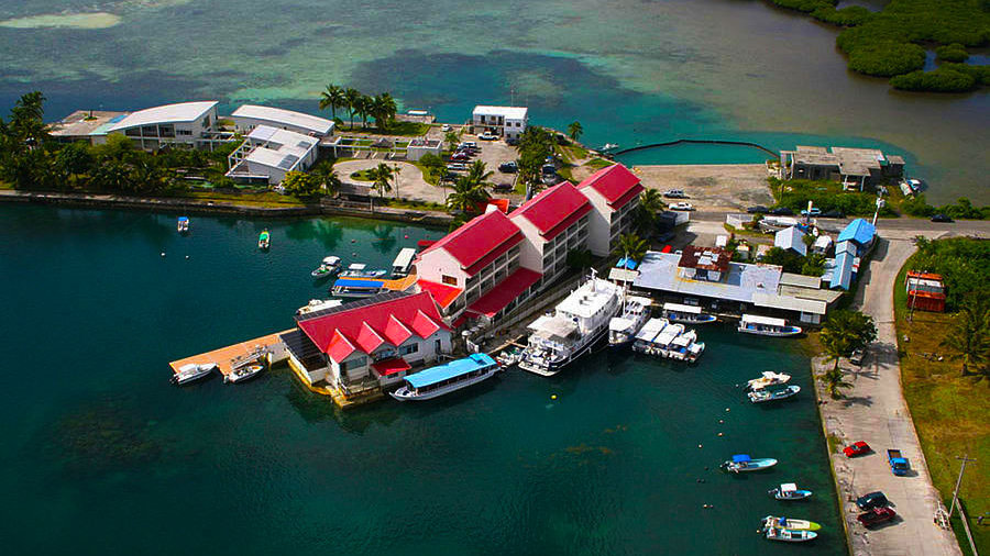 Landmark Marina Hotel 3*
