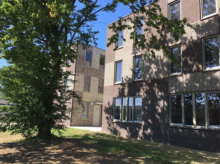 38 Hofwoningen, AZC Maastricht