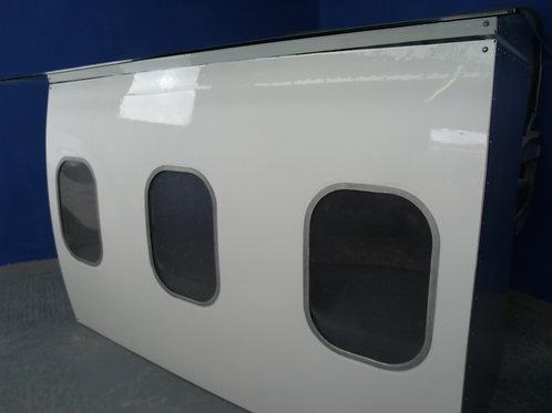 Fuselage section bar/desk unit