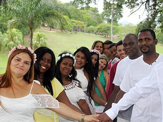 50 casais participam de casamento coletivo no próximo domingo (10) em Jacarepaguá