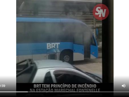 [VÍDEO] BRT tem princípio de incêndio e é esvaziado na Estação Marechal Fontenelle