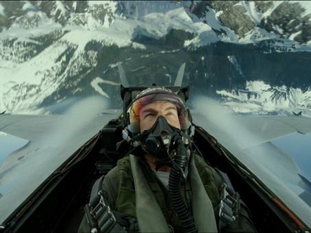 Tom Cruise vive momentos de tensão em novo vídeo de 'Top Gun: Maverick'