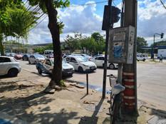 Comerciantes e clientes são prejudicados por proibição de estacionamento na Marechal Fontenelle