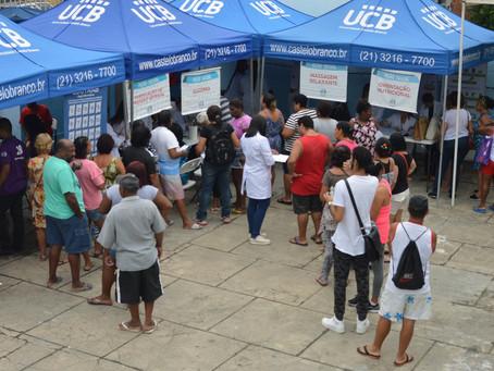 Universidade Castelo Branco participa de ação social no Barata