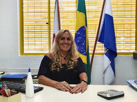 Professora de escola pública na zona oeste é a vencedora do Prêmio Faz Diferença