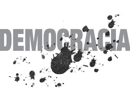 Saint'Clair Silva | Democracia: de imprescindível a desprezível