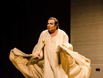 Zona Oeste recebe peça de Luis Lobianco sobre transexual