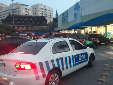 SMTR inicia fiscalização de vagas exclusivas em shoppings e supermercados