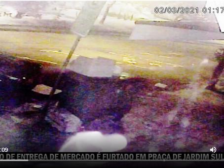[VÍDEO] Furtado o carro de entregas do mercado, na Praça Mário Saraiva em Sulacap