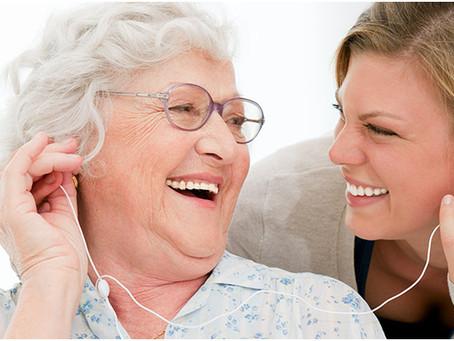 FONOnews | A fonoaudiologia e o idoso