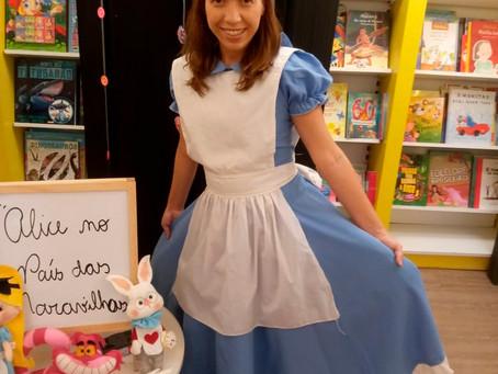 Jacarepaguá apresenta contação de história 'Alice no País das Maravilhas'
