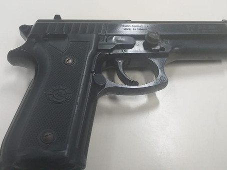 Dois homens são detidos em Sulacap com arma falsa, mas não ficam presos