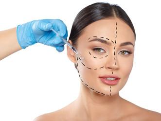 """Dermatologista alerta: """"Harmonização facial pode levar a um rosto deformado"""""""