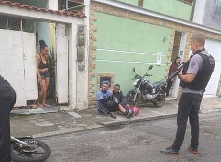 Ladrões de carga são presos em flagrante em Realengo