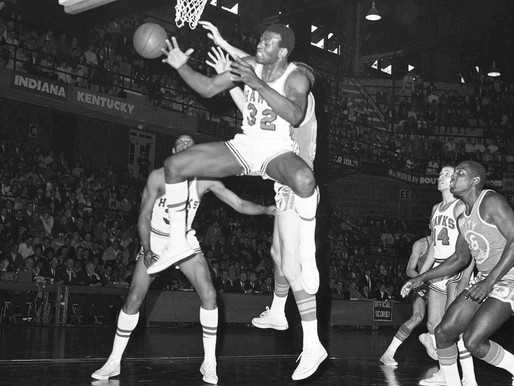 3/27/1971: A 6-foot-6 power forward grabs 36 boards