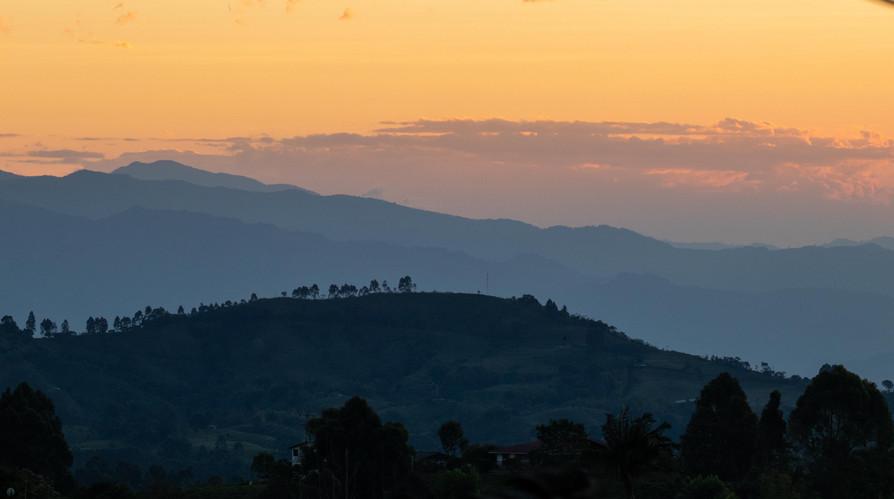 Amanecer en los Andes Colombianos