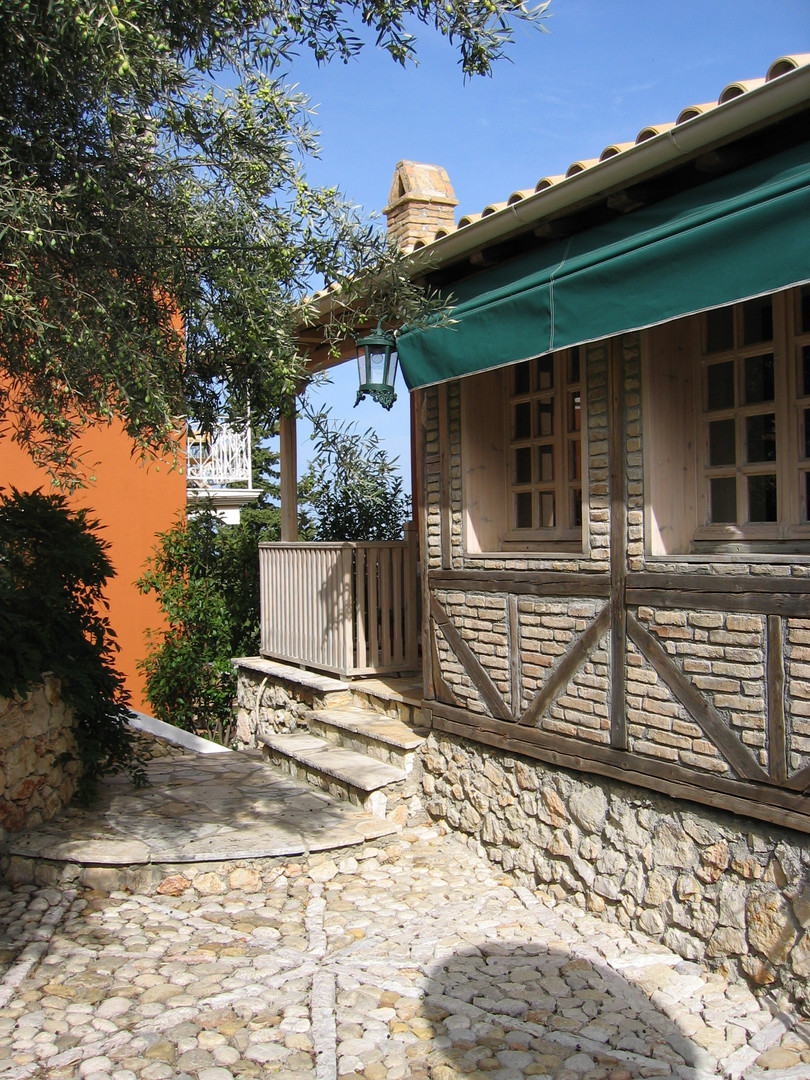 the entrance - villa Anthea Rossa