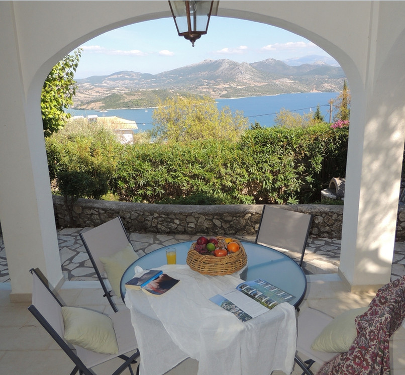 pool level terrace - villa Anthea Rossa
