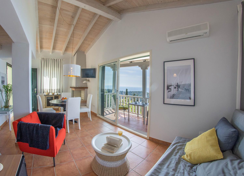 living area - villa Isola Bella