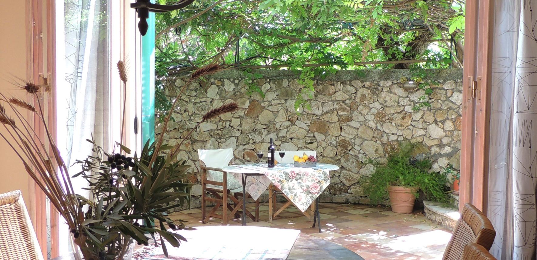 al fresco dining - villa Pergola