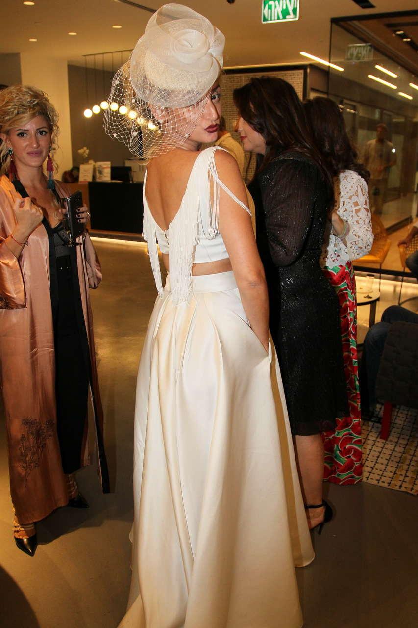שמלת כלה בעיצובה של אורטל הובר - הבבושקות - פיינליסטית בתחרות. צילום: ראובן שניידר