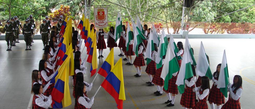 Cruce de Banderas