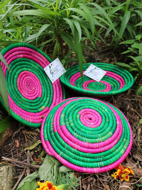 Small hot pink & green trays