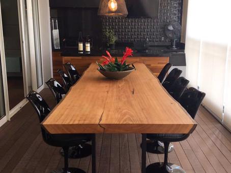 Dicas, ideias e estilos de Decoração com mesas de jantar em madeira maciça da ArboREAL Móveis.