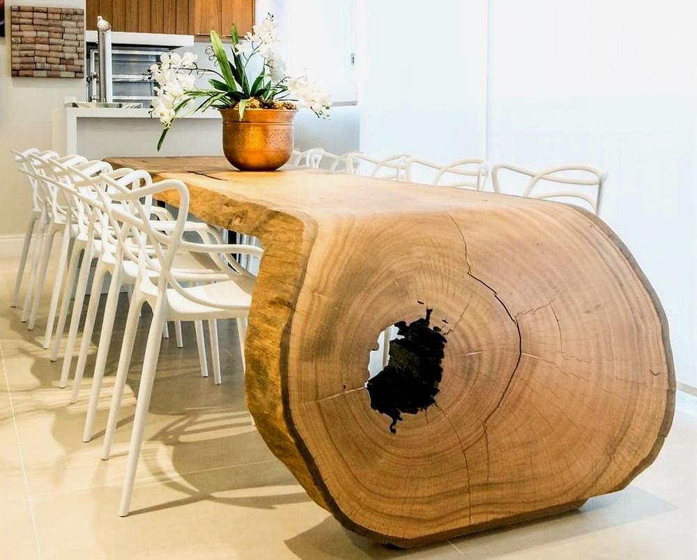 Inspire-se com as mesas de jantar da ArboREAL Design. Projetos especiais e móveis rústicos e modernos para decorar sua casa.