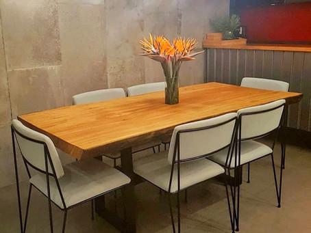Mesa de Jantar e móveis em Madeira da ArboREAL