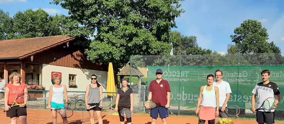 Mit Generationen-Cup zurück in die Tennis-Spur
