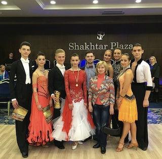 бальные танцы для детей Мариуполь, спортивные бальные танцы для детей Мариуполь, уроки бальных танцев в Мариуполе, бальные танцы, спортивные бальные танцы,