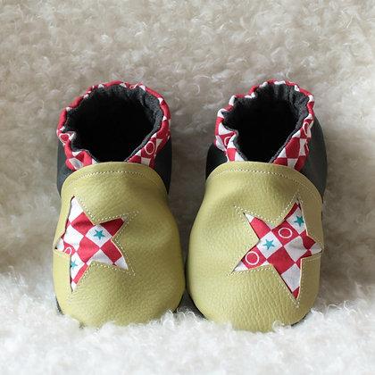 Chaussons cuir souple de 0 à 6 ans BarnaEtoile