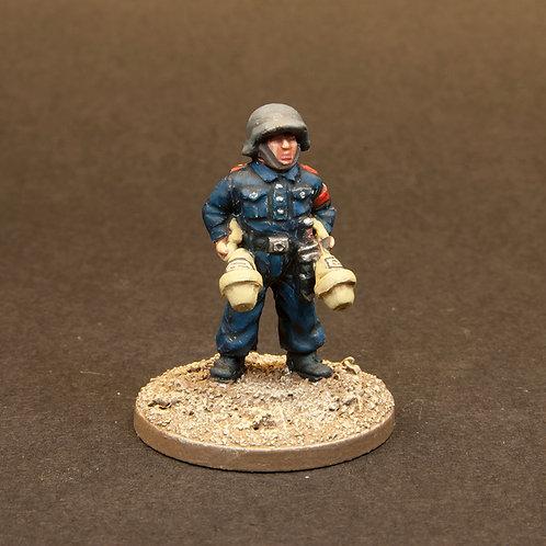 EGVK902: Hitler Youth - Anti Tank Team (6 figures)