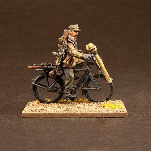 EGVK903: Volksgrenadier/HJ/Heer - Cycle Team (8 figures)