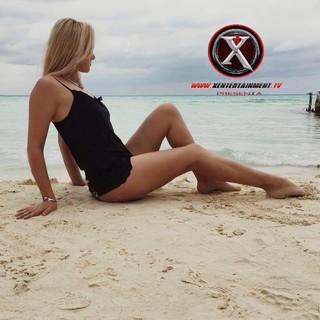 Nombre : Svetlana Estatura : 1.75 m Nacionalidad : Rusa Medidas : 92 65 98 Talla : 7 Calzado : 6 Edad . 29 años