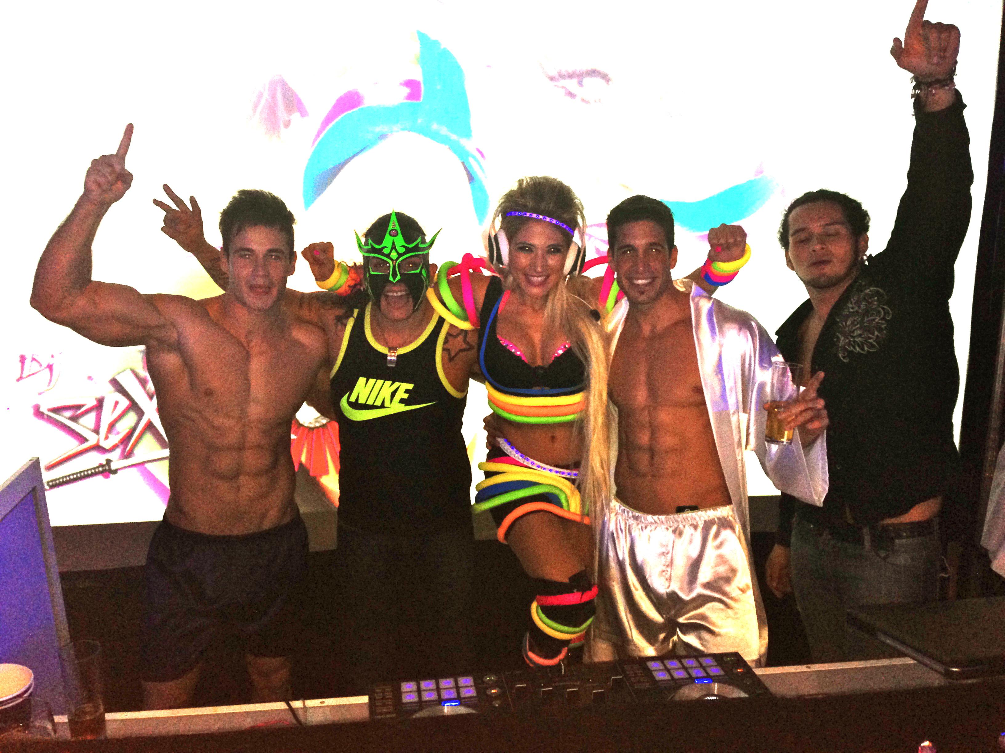 MODELOS & DJ SETSUKO DJ JUICE 2