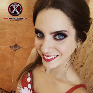 Nombre : MARIA Estatura : 1.70 m Nacionalidad : Argentina Medidas : 88 60 98 Talla : 5 Calzado : 5 Edad . 26 años