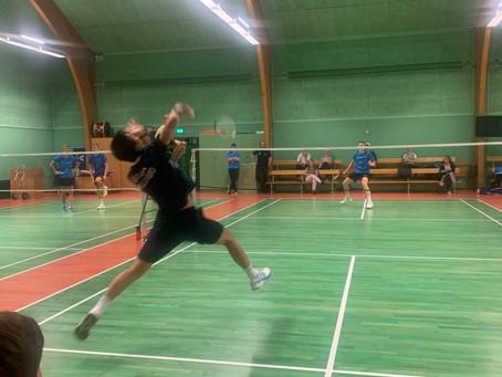 Holdturneringen er skudt i gang i Hillerød Badmintonklub