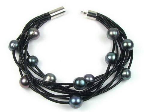 Lederen armband met antraciete parels & oorbellen