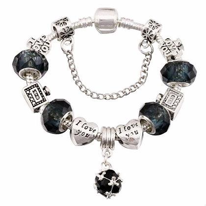 Trendy armband met zwarte beads