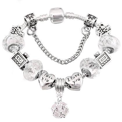 Trendy armband met heldere beads