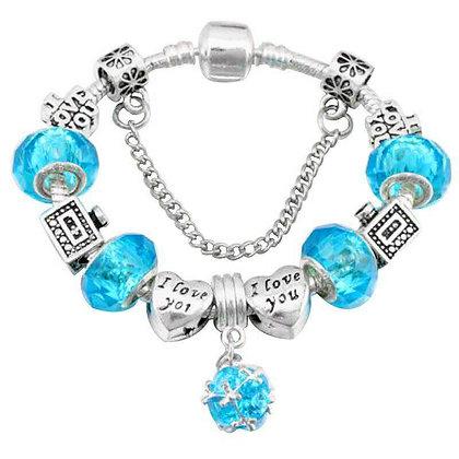 Trendy armband met aqua beads
