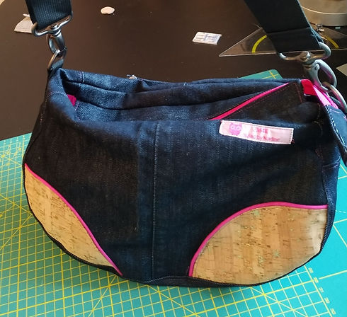 Jeans bag pink, styled by Nadine