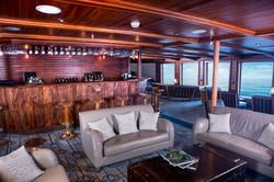 charles-darwing-panorama-lounge-bar-2017