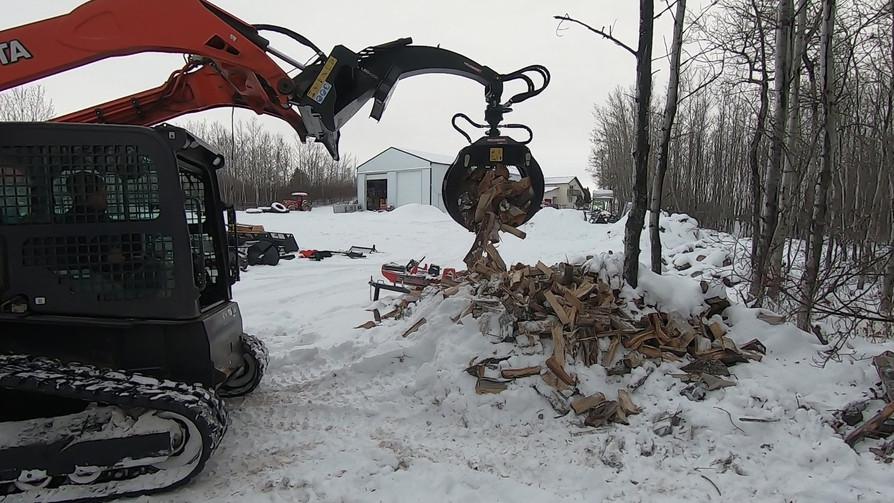 log grapple firewood.jpg