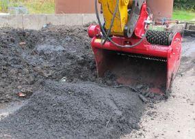 excavator 2.JPG